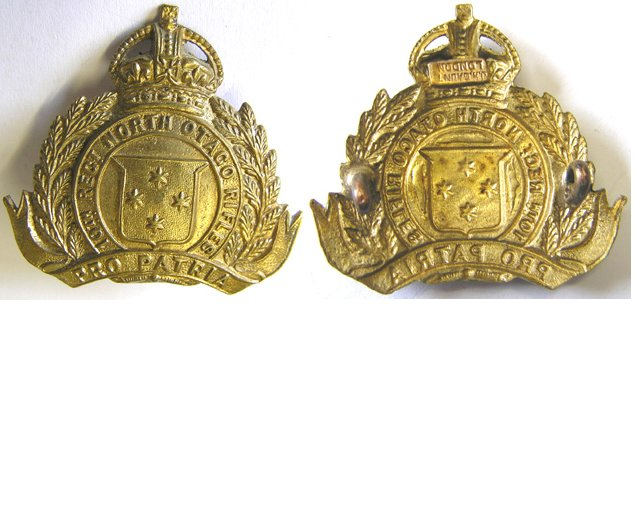 B06/101. 10th (NORTH OTAGO RIFLES) REGt. brass cap/collar badge