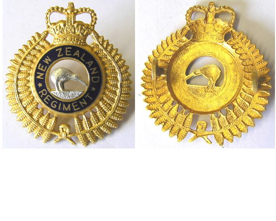 B06/167. NEW ZEALAND REGt. cap badge, Gilt, silver & enamel