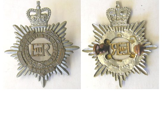 B08/030. ROYAL N.Z. ARMY SERVICE CORPS bi-metal cap badge EIIR
