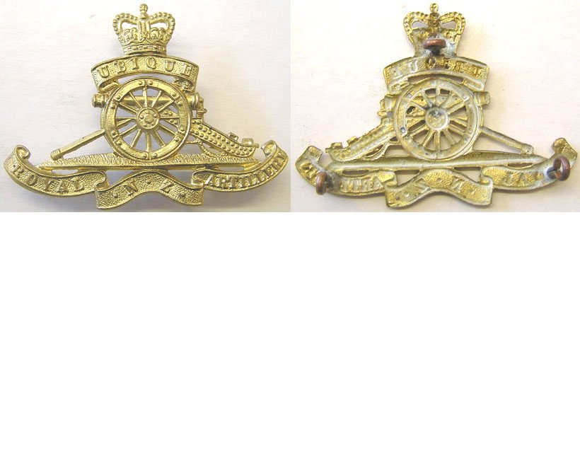 B08/065. ROYAL N.Z. ARTILLERY brass cap badge, Queens crown