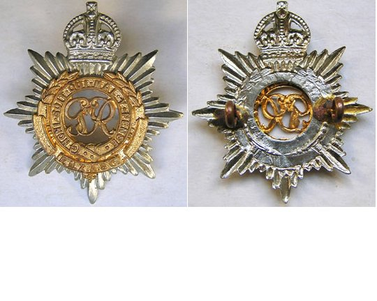B08/028. ROYAL N.Z. ARMY SERVICE CORPS, bi-metal cap badge, GVIR