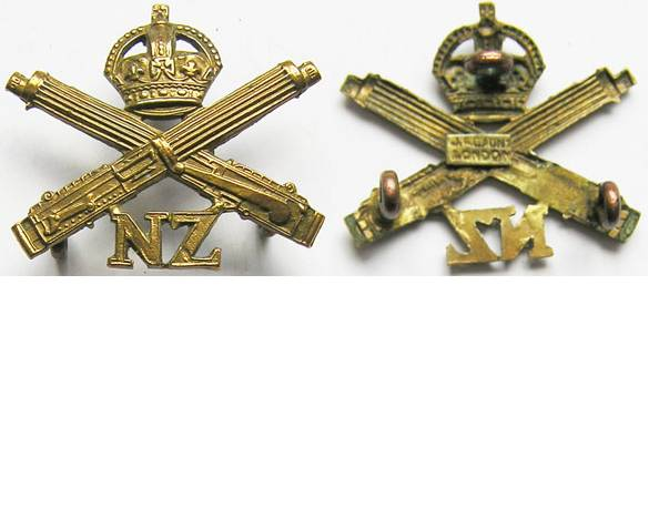 B08/201. NZ MACHINE GUN CORPS, collar badge, KC brass