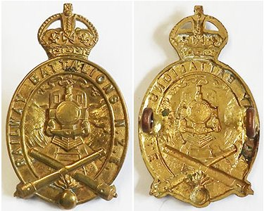 B08/319. RAILWAY BATTALION NZE cap badge, brass, King's crown