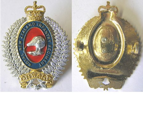 B09/001. ROYAL N.Z. INFANTRY REGIMENT anodised cap badge