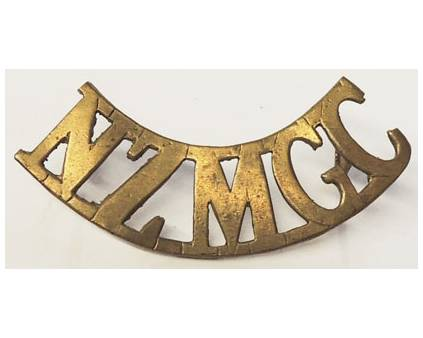 B12/083a	NZMGC curved (NZ Machine Gun Corps), cut-out type