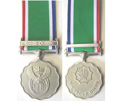 BC0592. SOUTH AFRICA - ARMED FORCES LONG SERVICE MEDAL