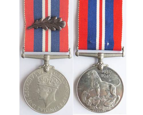 CM0274. 1939-45 WAR MEDAL with MENTION IN DISPATCHES emblem