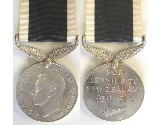 CM0275. NEW ZEALAND WAR SERVICE MEDAL 1939-45