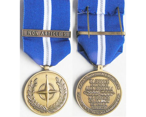 CM0342. NATO MEDAL With clasp NON ARTICLE 5 – Unnamed as issued