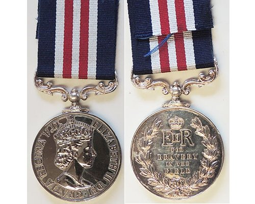CM0454. COPY MILITARY MEDAL RIIR, good quality rhodium plate