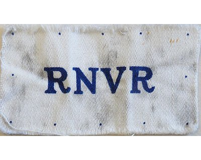 CST062. RNVR blue printed on white cotton
