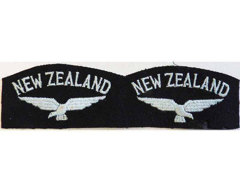 CST070. Pair or NEW ZEALAND above flying bird, WWII