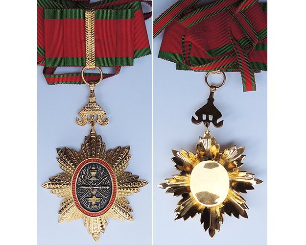 FM0496. ROYAL ORDER OF CAMBODIA, Commander's neck badge