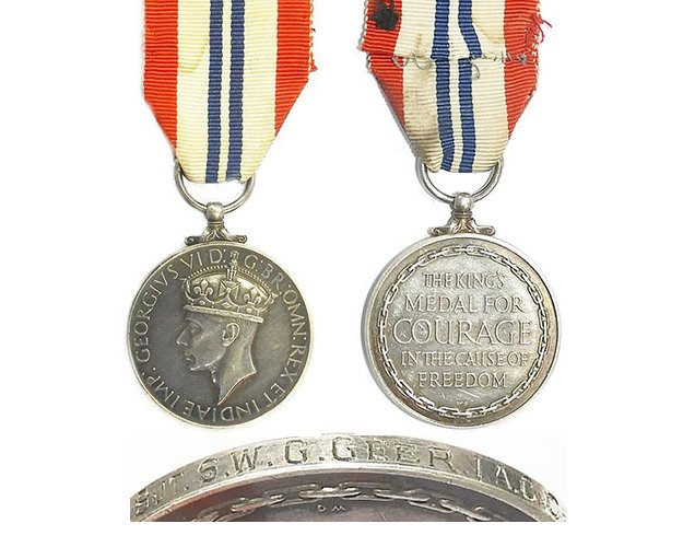 GAL026a. KING'S MEDAL FOR COURAGE IN THE CAUSE OF FREEDOM