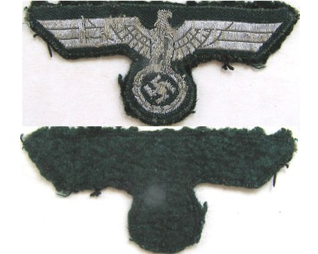 GC2153. WEHRMACHT BREAST EAGLE, flat silver wire woven on green