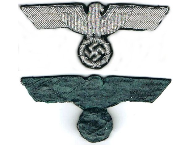 GC2154. WEHRMACHT BREAST EAGLE, silver wire woven on green