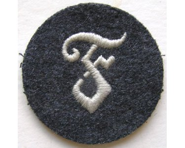 GC2457. LUFTWAFFE ORDNANCE PERSONNEL sleeve patch