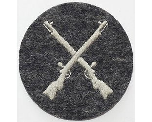 GC2461. LUFTWAFFE ARMOURER N.C.O. sleeve patch