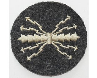 GC2462. LUFTWAFFE QUALIFIED RADIOMAN sleeve patch