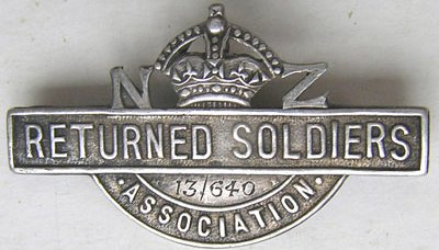 NZ Lapel Badges