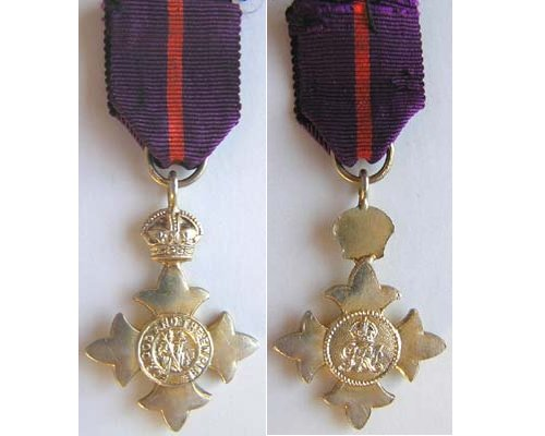 MIN1032. Miniature Order of the British Empire. OBE type 1 Mily.