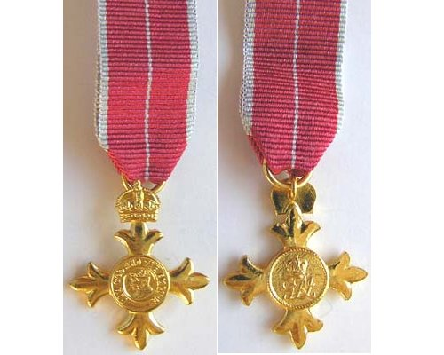 MIN1034. Miniature Order of the British Empire, OBE type 2 Mily.