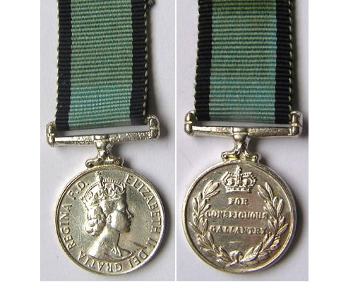 MIN1091. Miniature Conspicuous Gallantry Medal Flying, EIIR
