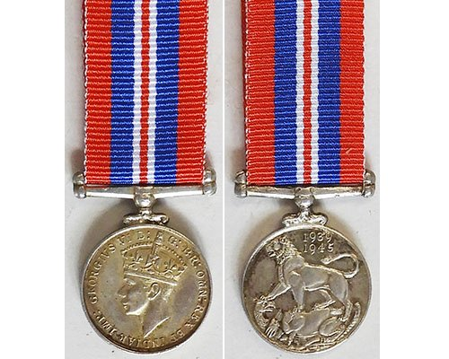 MIN1365. Miniature War Medal 1939-45 – Old striking