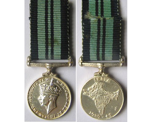 MIN1369. Miniature India Service Medal 1939-45