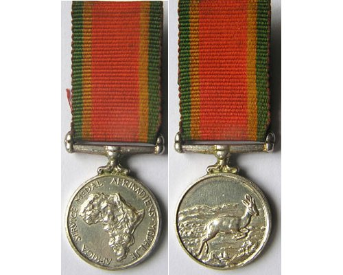 MIN1372. Miniature South Africa War Service Medal 1939-45