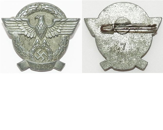 PIN084. NAZI POLICE DAY BADGE 1942