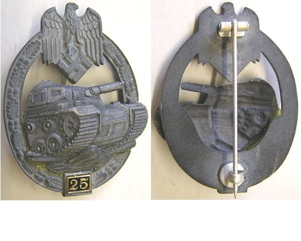 RS012. PANZER ASSAULT BADGE for 25 engagements, grey metal