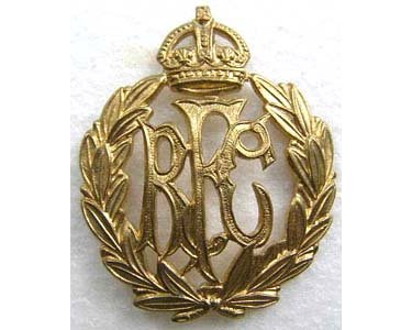 RAF120. RFC (ROYAL FLYING CORPS) OTHER RANKS CAP BADGE