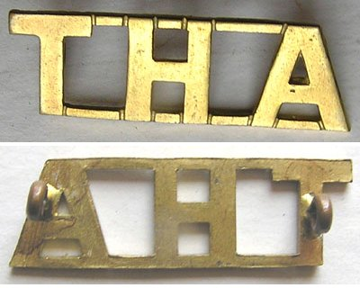 SAB004. SOUTH AFRICA – THA brass shoulder title