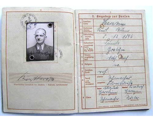 DOC007. ARMY WEHRPAS - Issued in Berlin on 25 May 1937